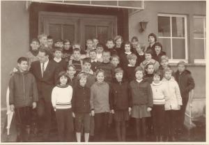 Klasse 5a mit Klassenlehrer
